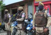 Homens armados fazem arrastão em ponto de ônibus   Reprodução   TV Bahia