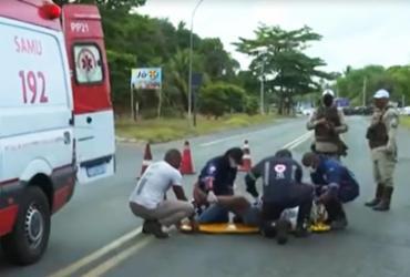Motociclista fica ferido em acidente na Estrada do Derba | Reprodução | TV Bahia