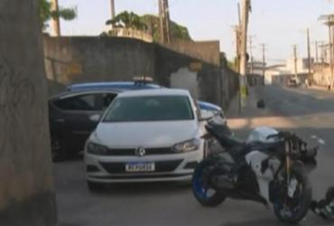 Cabo da PM que morreu na Av. Aliomar Baleeiro foi baleado antes de bater em poste | Reprodução | TV Bahia