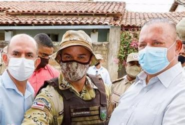 Governador em exercício entrega base da PM em Capela do Alto Alegre | Vaner Casaes