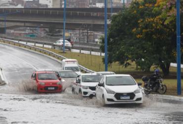 Chuva segue em Salvador neste sábado e deve continuar no domingo | Olga Leiria | Ag. A TARDE