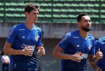 Bahia realiza coletivo em Pituaçu e embarca para duelo contra o Coelho   Felipe Oliveira   EC Bahia