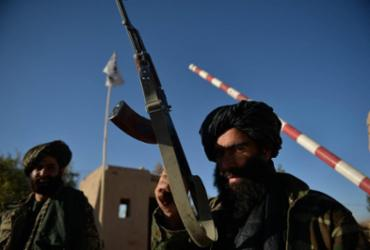 Explosões em mesquita xiita no Afeganistão deixam 32 mortos | Hoshang Hashimi | AFP