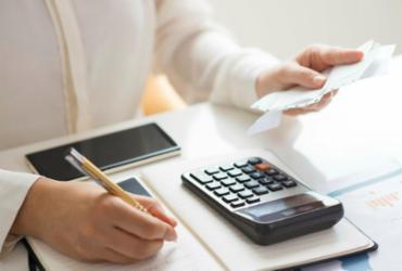 É hora de planejar os gastos do final do ano | Freepik