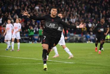 PSG vence Angers com gol de pênalti de Mbappé |