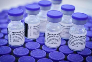 Vacina da Pfizer funciona melhor com intervalo maior entre doses, indicam estudos | Geovana Albuquerque | Ag. Saúde DF