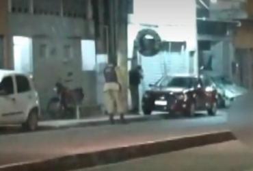Homem é preso após atropelar motociclista em perseguição policial | Reprodução