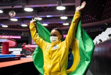Rebeca Andrade cai na trave e encerra Mundial com duas medalhas | Philip Fong | AFP