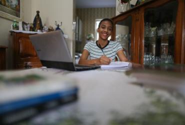 Jovens têm até o dia 26 para garantir vaga em curso profissionalizante gratuito | Raphael Muller | Ag. A TARDE