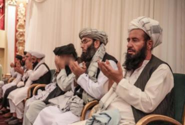 Talibã chama homens-bomba de 'heróis' e indeniza famílias |