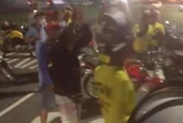 Protesto de motociclistas contra alta da gasolina congestiona av. Paralela | Reprodução