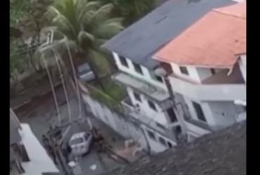 Video flagra PMs atirando em homem rendido na San Martin | Reprodução/ Whatsapp