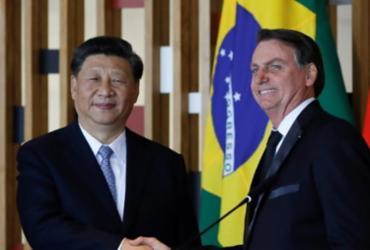 China mantém embargo à carne brasileira e Bolsonaro é aconselhado a fazer gesto a Xi |