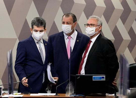 CPI aprova relatório final e propõe indiciar Bolsonaro e mais 79 | Pedro França | Agência Senado
