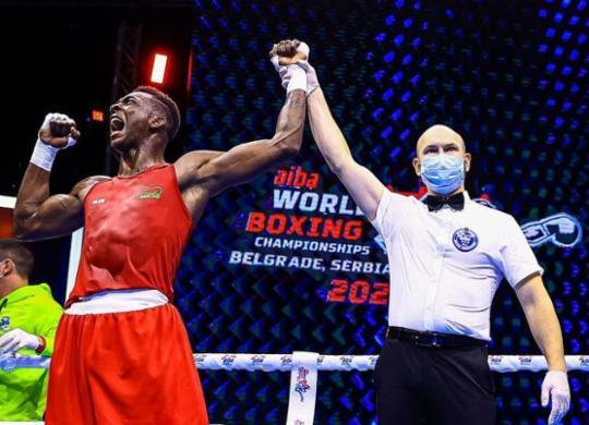 Baiano Keno Machado brilha na estreia pelo Mundial de boxe   Divulgação   AIBA