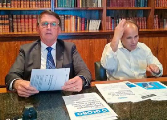 Oposição entra com notícia-crime contra live de Bolsonaro; CPI vai incluí-la em relatório | Reprodução | Youtube