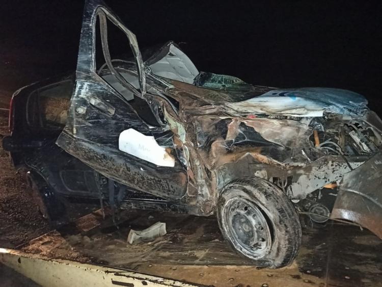 Em ambos os casos, veículos ficaram totalmente destruídos   Foto: Reprodução   Bahia Extremo Sul - Foto: Reprodução   Bahia Extremo Sul