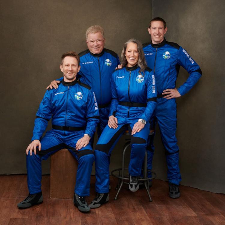 Além do ator, estarão a bordo mais três passageiros na segunda viagem da Blue Origin