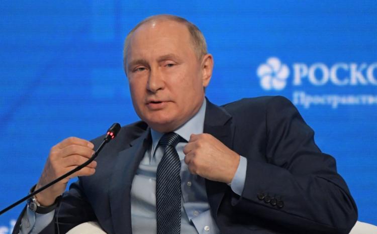 Putin pediu que Muratov não use o prêmio para violar legislação russa   Foto: Sergei Guneyev   Sputnik   AFP - Foto: Sergei Guneyev   Sputnik   AFP